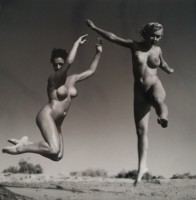 Andre DE DIENES | Nu en l'air | Photograph available for sale on www.kunzt.gallery