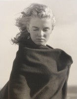 Andre DE DIENES | Marilyn Monroe I | Gelatin Silver Print available for sale on www.kunzt.gallery
