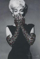 Bert STERN | Ruby Gloves | Photograph available for sale on www.kunzt.gallery