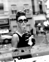 Marc LAGRANGE | Breakfast at Tiffany's | Photograph available for sale on www.kunzt.gallery
