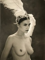 Marc LAGRANGE | Swan song | Photograph available for sale on www.kunzt.gallery