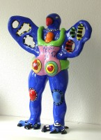 Niki DE SAINT PHALLE | L'Oiseau amoureux (vase) | Resin available for sale on www.kunzt.gallery